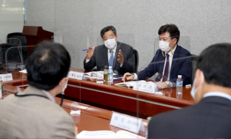 서해안 내포철도 국회 토론회 (1).jpg